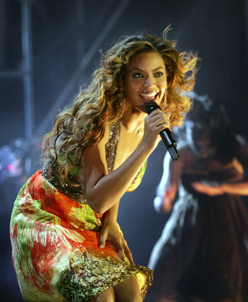 Beyonce in Toronto, 2007. Back before the leather and the Tarantino-esque tour trailers.